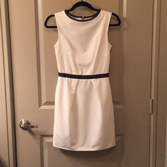 ASOS Dresses & Skirts - NWOT Cream and Navy ASOS Sheath Dress